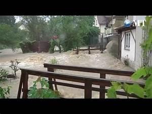 Keller Unter Wasser : keller und stra en unter wasser youtube ~ Frokenaadalensverden.com Haus und Dekorationen