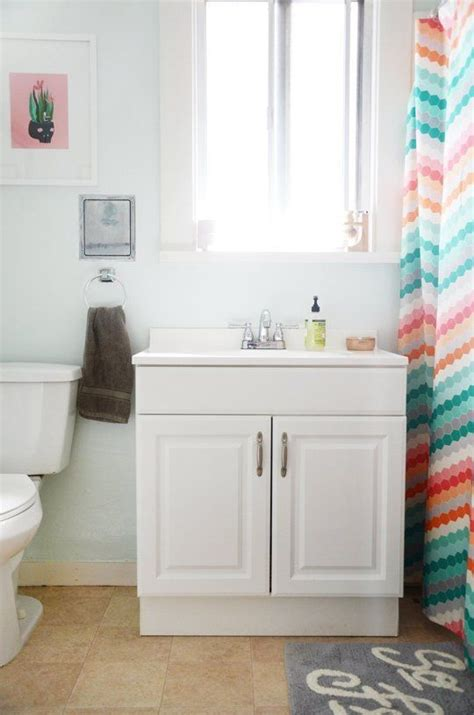 Rental Apartment Bathroom Ideas by 7 Style Secrets From Rental Bathrooms That You Can T Spot