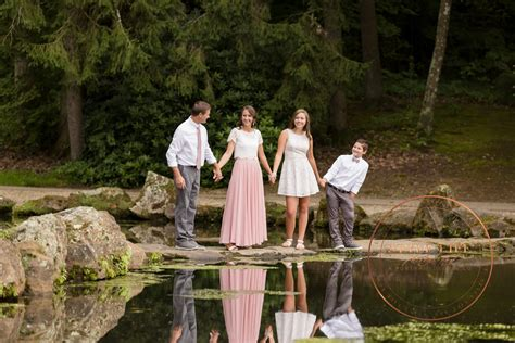 Outdoor Family Portraits - Chic Elegance in the Garden