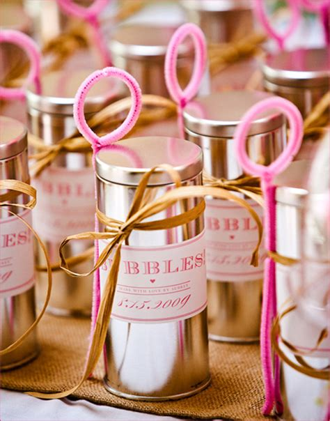 10 amazing diy wedding favors the magazine