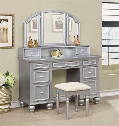 Vanity And Stool Sets by Athy Silver Vanity W Stool 3 Sided Mirror Storage Drawers