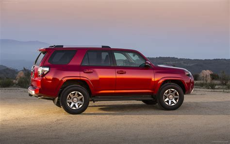 Toyota Four Runner 2014 by Toyota 4runner 2014 Widescreen Car Wallpapers 20