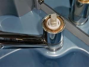 Einhebelmischer Küche Reparieren : wasserhahn tauschen aber wie bei den anschl ssen ~ Watch28wear.com Haus und Dekorationen