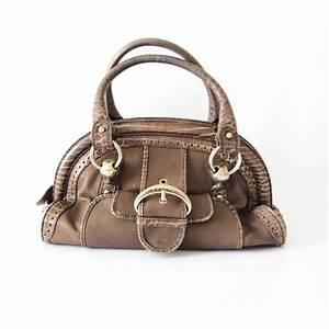 Sac De Luxe D Occasion : les sacs de luxe d occasion fendi marc by marc jacobs c line le mag de mate mon sac ~ Medecine-chirurgie-esthetiques.com Avis de Voitures
