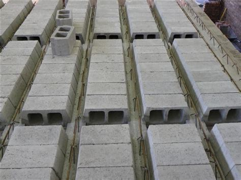 Rib and block suspended flooring system