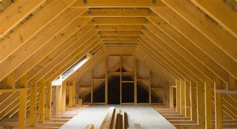 amenagement combles pente toiture maison travaux