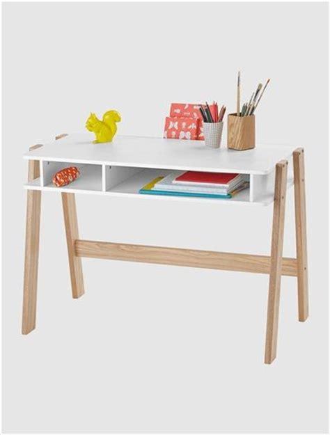 bureau bois et blanc bureau architekt blanc blanc bois clair turquoise violet
