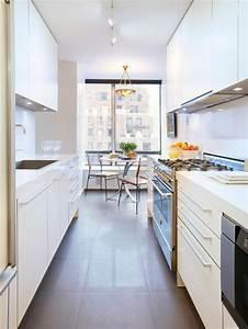 7 fotos de decoracion de cocinas pequenas y alargadas With kitchen colors with white cabinets with long rectangular wall art