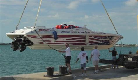 Boat Mechanic Key West by Boomer F2 55 Mechanic To Offshore Racing Chion