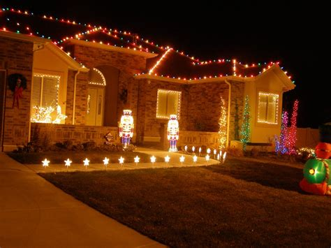 christmas lights on house wallpaper wallpapers high definition wallpapers desktop background