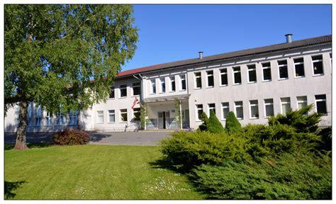 Iecavas vidusskola foto - 1188 uzņēmumu katalogs