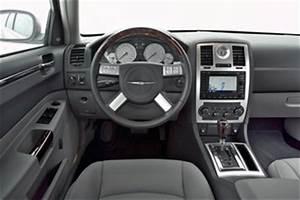 Chrysler 300c Prix : fiche technique chrysler 300 c touring 5 7 v8 hemi awd ba l 39 ~ Maxctalentgroup.com Avis de Voitures