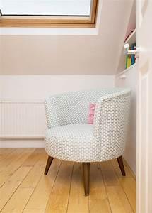 Petit Fauteuil Salon : 17 meilleures id es propos de fauteuil crapaud sur pinterest chaise crapaud la marquise et ~ Teatrodelosmanantiales.com Idées de Décoration