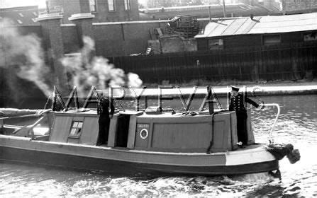 Fireboat Pumps by A Monkey Barge Fireboat Fitted With Trailer Pumps Canal