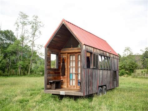 unique tiny homes small cabins tiny houses on wheels small cabins tiny houses inside unique cabin designs
