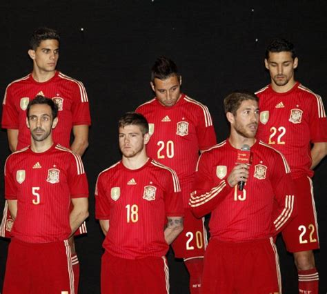 espana la furia roja new spain world cup 2014 kit adidas spain home jersey
