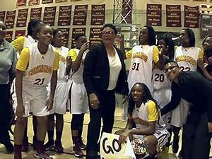 Chicago High School Coach Wins With Tough Love - YouTube