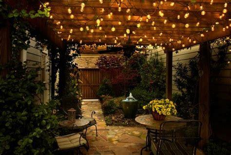 lumiere exterieur pour jardin terrasse  balcon  jeu
