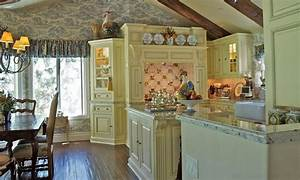 20 ways to create a french country kitchen With what kind of paint to use on kitchen cabinets for country french wall art