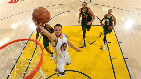 After Long Layoff, Golden State Warriors Show No Rust In