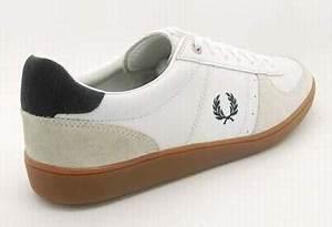 Nettoyer Puma Suede : nettoyer chaussure en cuir marron ~ Melissatoandfro.com Idées de Décoration