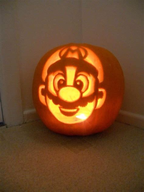 pumpkin carving mario the 25 best mario pumpkin ideas on pinterest pumpkin boo easy cool pumpkin carvings and