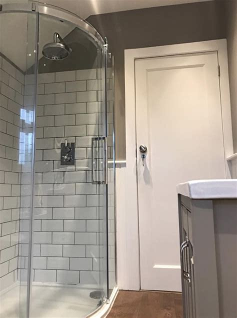 emily    feature   quadrant shower enclosure