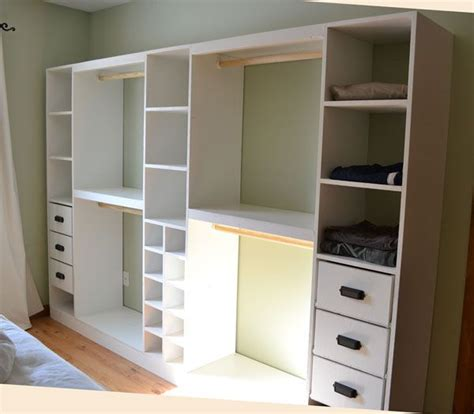 building a walk in closet system woodworking projects