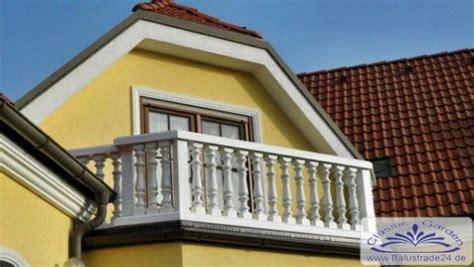 vogelhaus für balkon leichte kunststoff balustrade f 252 r balkon mit moderner balusters 228 ule nur 25kg je meter ohne