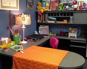 The Counseling Teacher: Decorating a School Counselor's