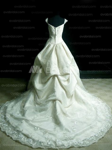 Vintage Inspired Ball Gown  Saina. Cheap Wedding Dresses To Rent. A Line Wedding Dresses Under 200. Cheap Wedding Dresses Peterborough. Long Sleeve Wedding Gowns Online. Wedding Guest Dresses Male. Necklace For Off The Shoulder Wedding Dress. Tea Length Wedding Dress And Shoes. Backless Wedding Dresses Houston