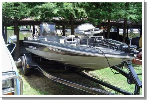 Ragin Cajun Bass Boat by Ragin Cajun For Sale