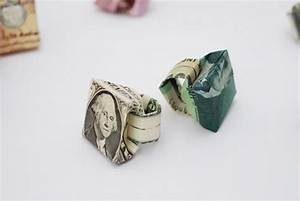 Rings colossal for Twelve currencies folded into rings