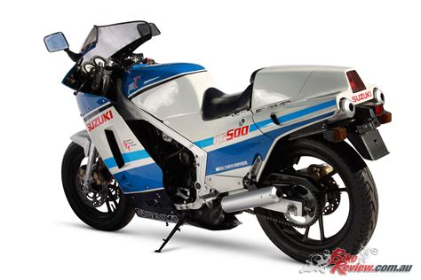 classic collectable suzukis rg  stroke bike review