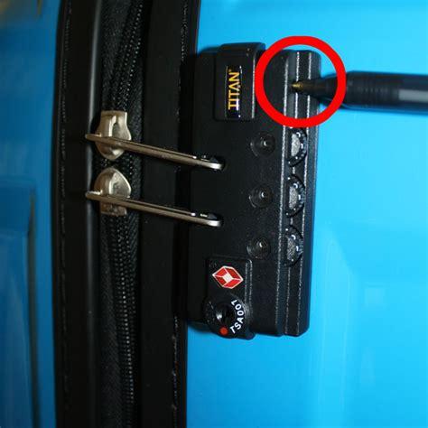 tsa schloesser bei titan koffern einstellen koffermarkt blog