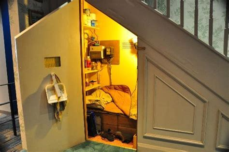 location chambre a londres harry 39 s bedroom the stairs picture of warner bros