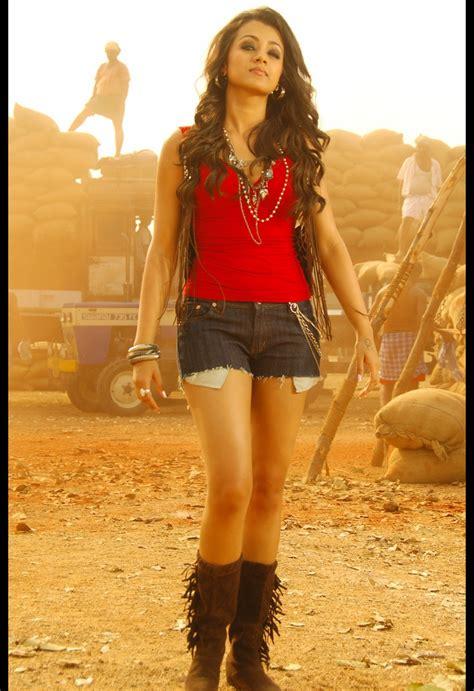Hot Kollywood Tollywood Bollywood Hollywood Trisha Hot Thighs Show