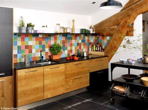carrelage multicolore cuisine les 25 meilleures idées concernant credence cuisine sur