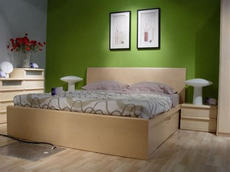 Best Bedroom Looks by What Paint Colors Look Best With Maple Bedroom Furniture