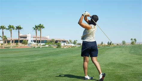 Golf Driver Swing by Correct Way For A To Swing A Golf Driver Golfweek