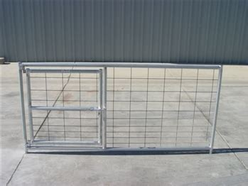 livestock pens hog  gate panel cactus horse corrals