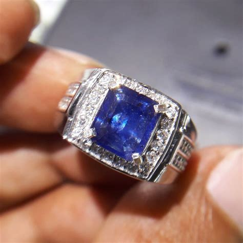 Batu Cincin Blue Safir Menawan jual cincin pria blue safir tanzania kotak pilihan 0130