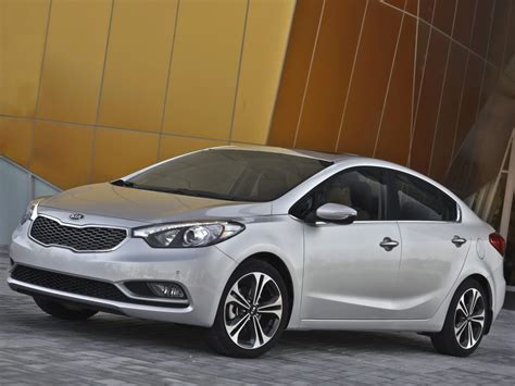The car is manufactured by the south korean company kia motors. Kia Cerato 2013-2014 fully revealed in time for LA Auto ...