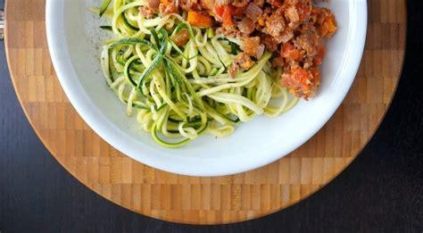 rezepte mit spiralschneider spiralschneider gem 252 se spaghetti und julienne chefkoch de