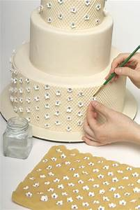 how to decorate a sweet wedding cake really this is a With how to decorate a wedding cake