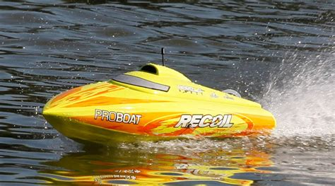 Pro Boat Rc by Pro Boat Recoil 26 Inch Self Righting Brushless V Rtr