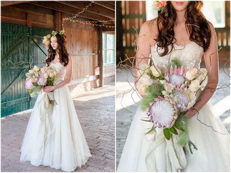Romantic, Rustic Autumn Barn Wedding Ideas {lightburst