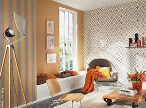 Tapeten Modernes Wohnen : moderne wohnzimmer farben 2017 raum und m beldesign inspiration ~ Frokenaadalensverden.com Haus und Dekorationen