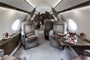 GULFSTREAM G650 Our 2017 business jet featuring a full