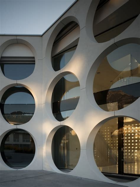 canape lit luxe façade alveolaire moderne de la maison o house